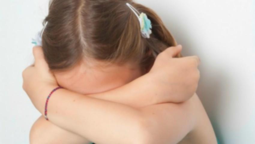 Foto: Caz șocant la Orhei. O fetiță de 10 ani, violată de un coleg de școală în vârstă de 14 ani