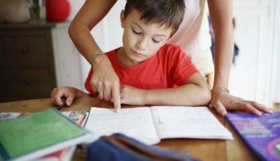 O mamă a făcut infarct după ce s-a enervat foarte tare, pentru că fiul ei nu știa să își facă temele pentru acasă