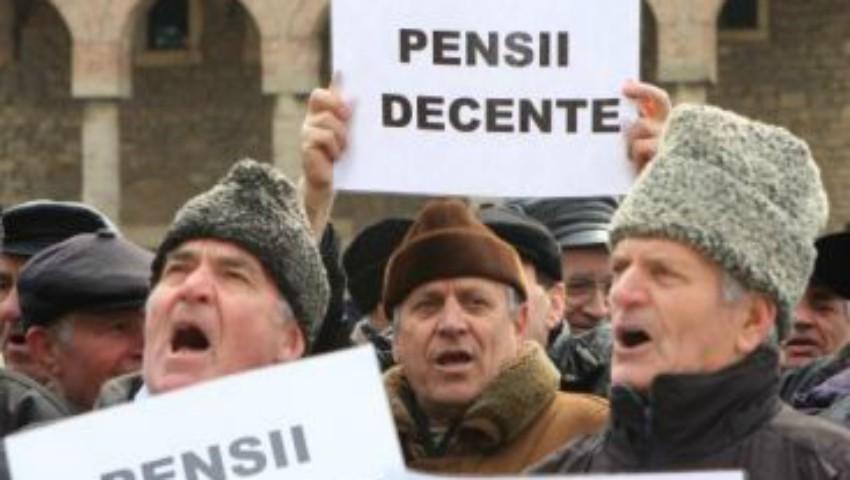 Foto: Peste 50% din bătrâni primesc pensii mai mici decât minimul de existență