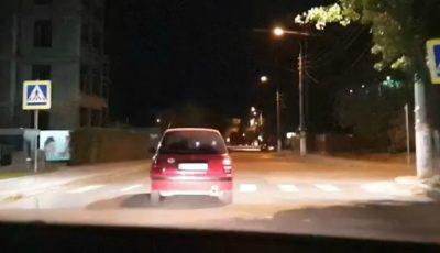 Video șocant, din sectorul Ciocana! Un polițist beat la volan merge în zig-zag, după care provoacă un accident