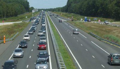 Accident grav pe o autostradă din Franța: sunt 33 de răniți