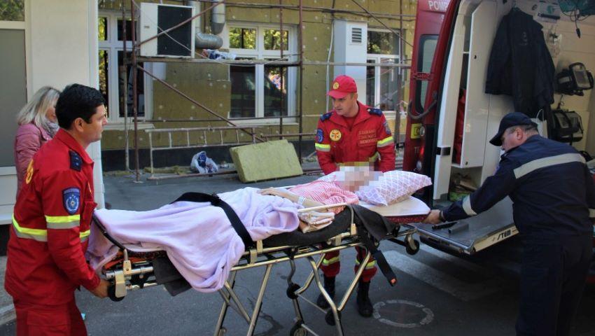 Foto: O moldoveancă a fost adusă cu serviciul SMURD din Bolonia la Chișinău