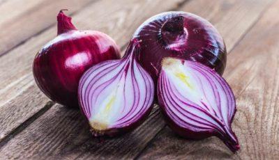 """Dr. Ovidiu Bojor: """"Mâncați ceapă cât de des, deoarece previne crizele de inimă, stimulează rinichii şi ficatul şi calmează sistemul nervos"""""""