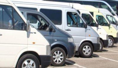 Protestul transportatorilor. Peste 300 de microbuze, parcate în PMAN din Chișinău