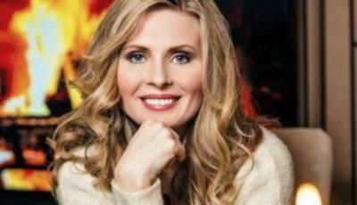 """Scriitoarea Tatiana Ţîbuleac a fost decorată cu Ordinul """"Meritul Cultural"""" în grad de Cavaler, de către preşedintele României Klaus Iohannis"""