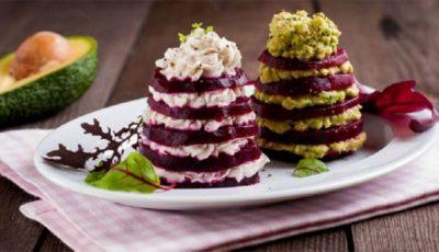 """Salată ,,Brăduț"""" pentru masa de sărbătoare"""
