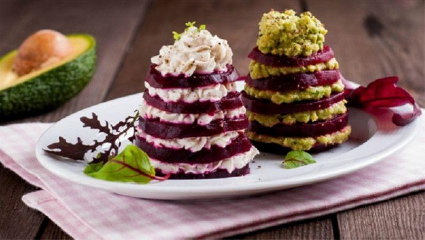 """Foto: Salată ,,Brăduț"""" pentru masa de sărbătoare"""