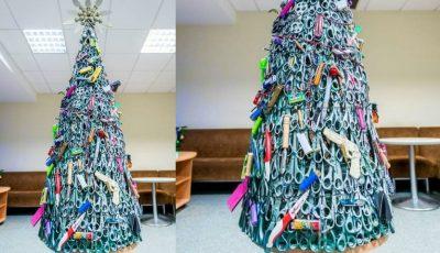Un pom de Crăciun cu obiecte confiscate de la pasageri, a fost expus pe aeroportul din Vilnius