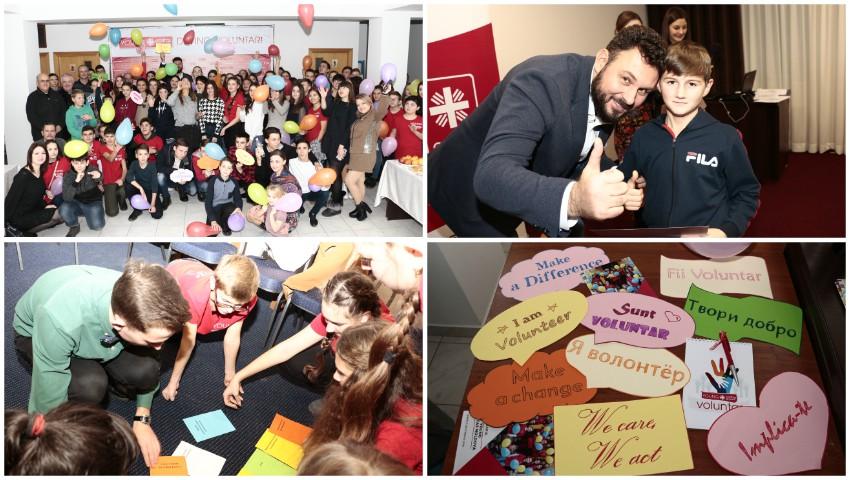 """Foto: Cei mai activi voluntari ai Fundației Caritas Moldova au prezentat realizările anului 2019, în cadrul """"Zilei Internaționale a Voluntarilor"""""""