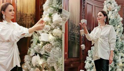 """Andreea Marin este sărbătorită astăzi: ,,45 de stele în vârful bradului ce este viața mea"""""""