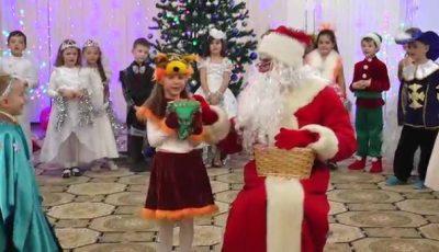 Copiii din grădinițe vor primi cadouri gratuite de Crăciun