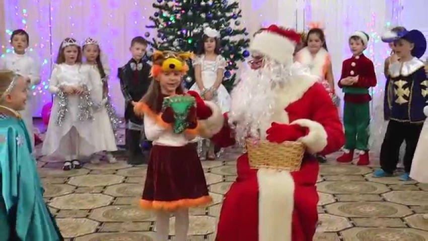 Foto: Copiii din grădinițe vor primi cadouri gratuite de Crăciun