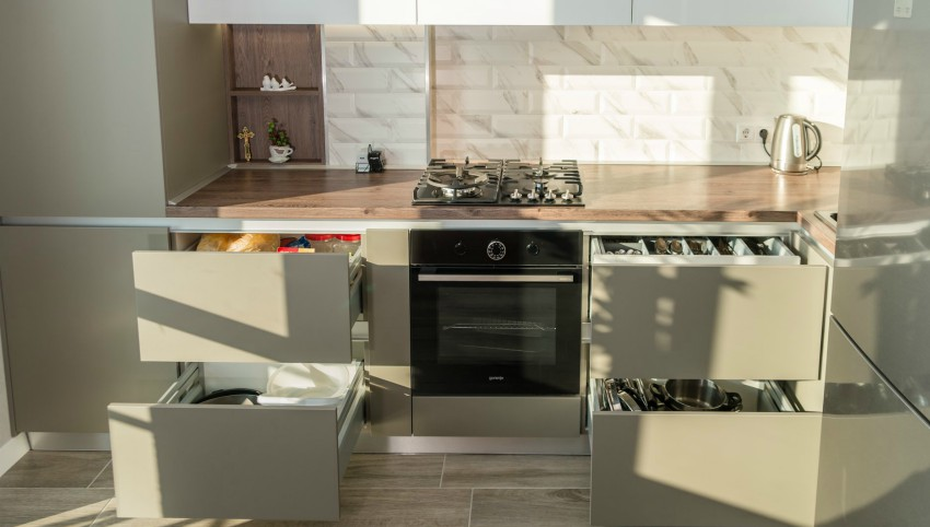 """Foto: Bismobil Kitchen a relansat oferta ,,100% Gratuit"""" în care poți beneficia de o bucătărie gratis!"""