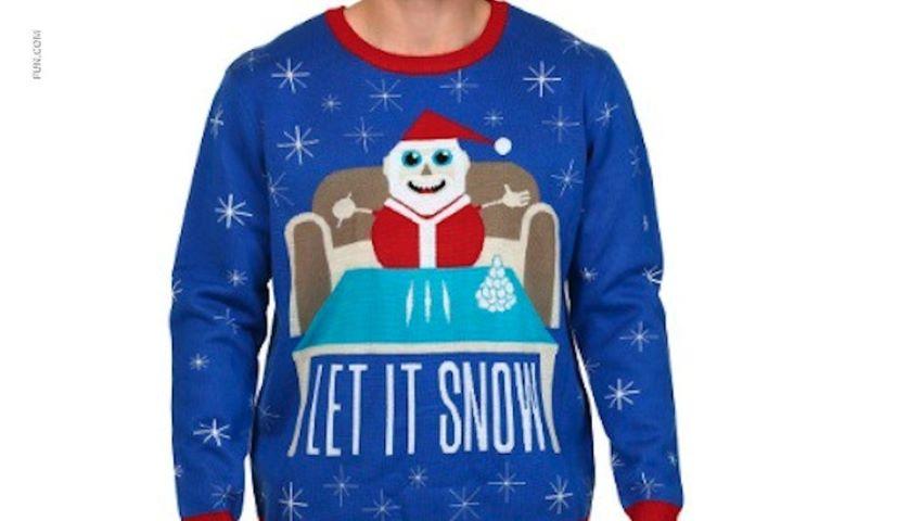 Foto: Rețeaua de magazine Walmart a retras din vânzare puloverul cu Moş Crăciun și cocaina