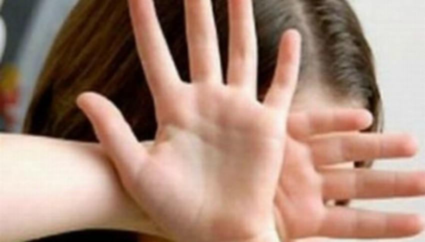 Foto: Tânărul care a bătut o minoră din Călărași a fost plasat în arest preventiv