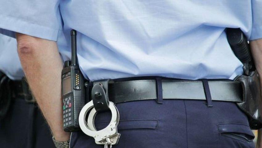 Foto: Un șef din cadrul Poliţiei de frontieră, reținut pentru mită de 12.000 de euro