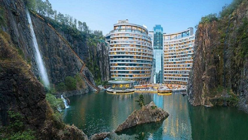 Foto: O locație de vis! China a inaugurat cel mai neobișnuit hotel din lume
