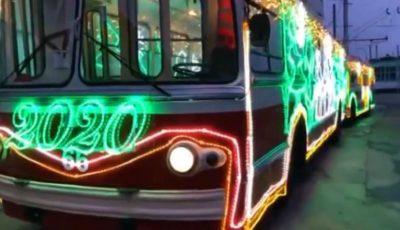 Video! În seara de Revelion, în Chișinău vor circula troleibuze de epocă împodobite