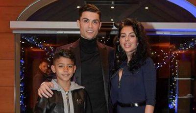 Imagini inedite cu Cristiano Ronaldo alături de iubită și copii