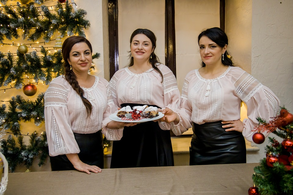 Foto: O rețetă delicioasă de cozonac moldovenesc de la Trio Vatra Neamului