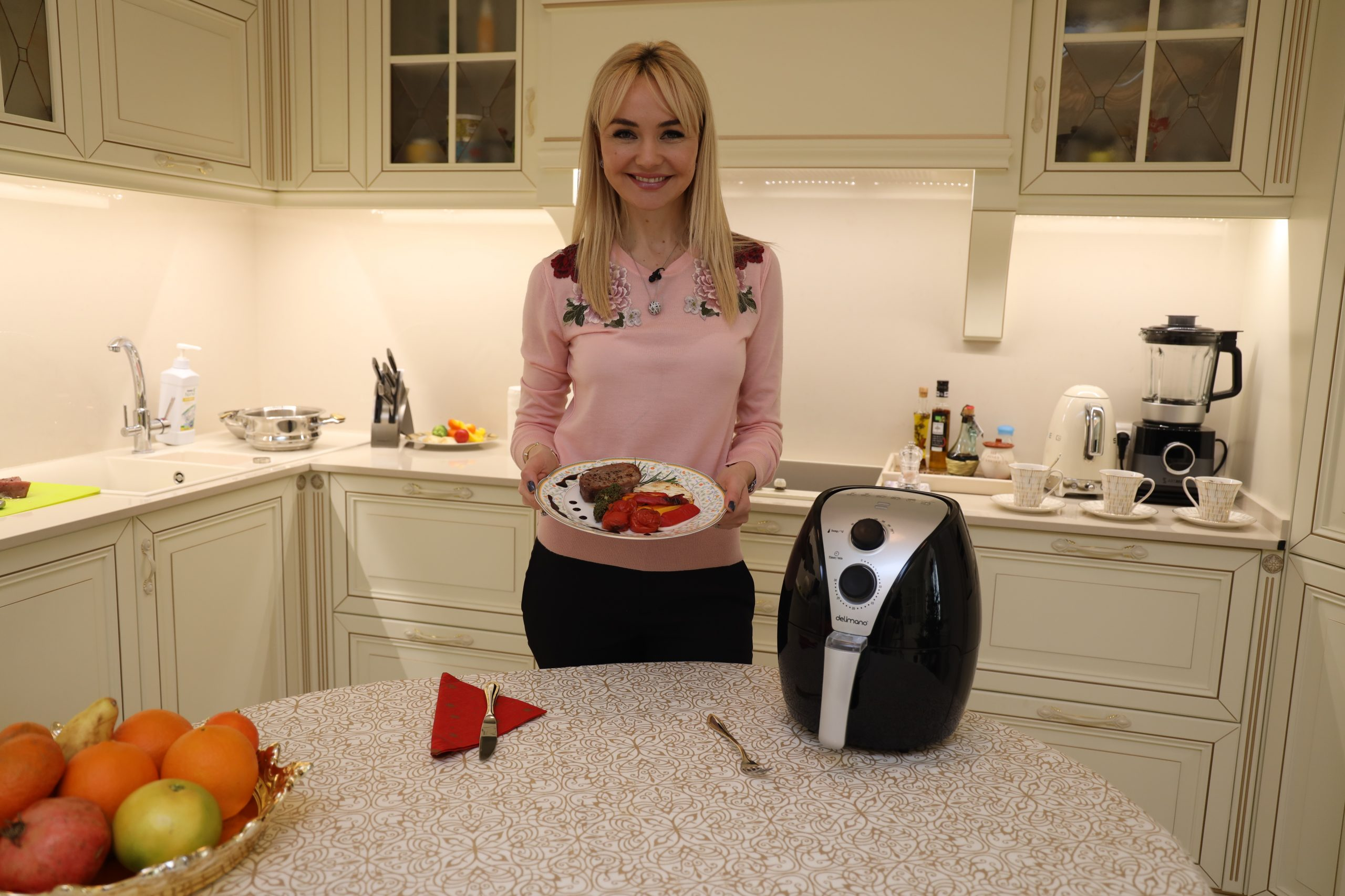 Din cosmetologie la bucătărie! Doctor Lica ne-a gătit rețeta ei preferată!
