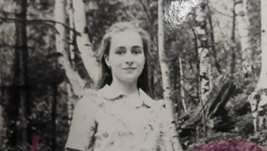 Foto: Poze rare cu Maia Sandu, în copilărie și în adolescență!