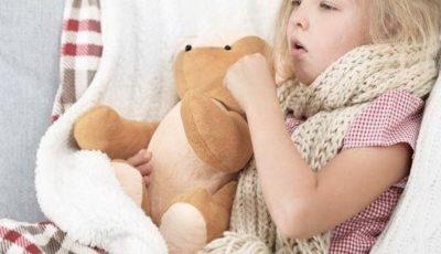 O fetiță a murit pe patul de spital, din cauza pneumoniei