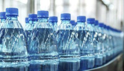 Parlamentul Republicii Moldova renunță la sticlele de plastic
