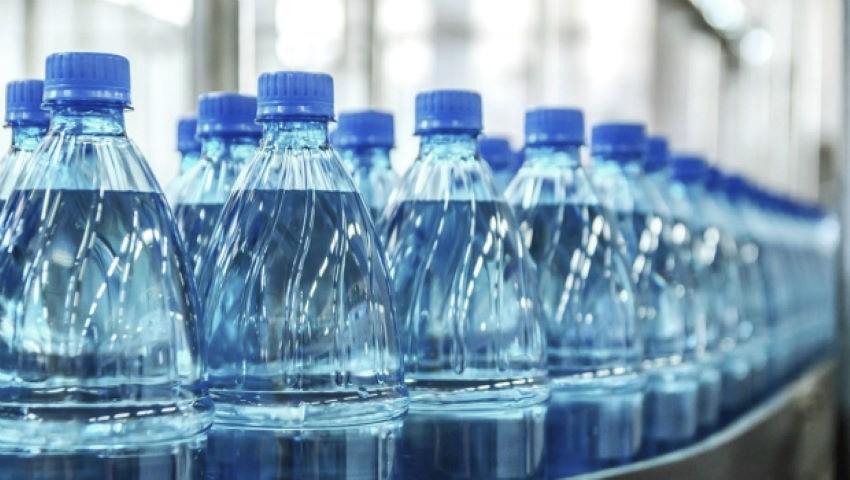 Foto: Parlamentul Republicii Moldova renunță la sticlele de plastic