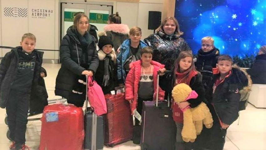 Foto: Nouă copii orfani şi-au petrecut vacanţa de iarnă în Italia