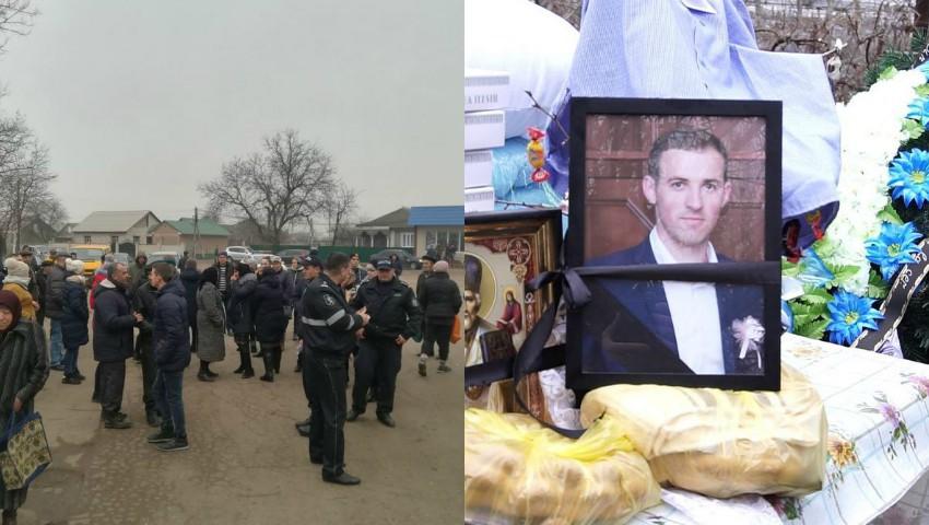 Foto: Protest în satul Elizaveta. Oamenii au blocat drumul