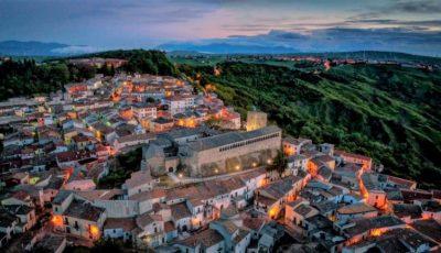 Case scoase la vânzare cu 1 euro, într-un oraș din Italia