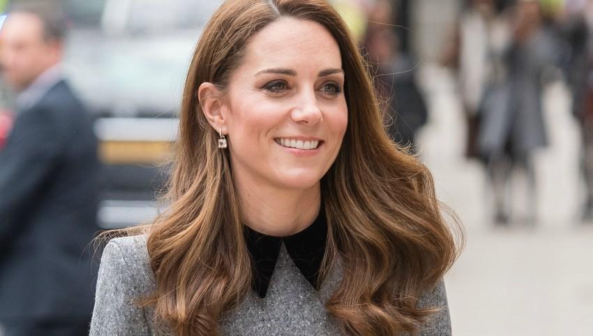 Foto: Kate Middleton a muncit într-o maternitate înainte de Revelion