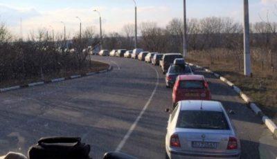 Moldovenii pleacă de acasă. Peste 40.000 de persoane, la ieșirea din țară