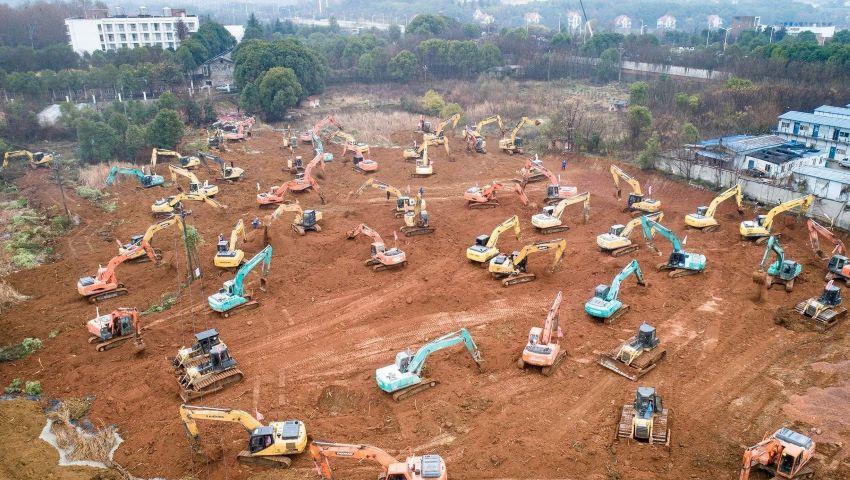 Foto: Autoritățile din China construiesc, în doar 10 zile, un spital destinat bolnavilor cu coronavirus