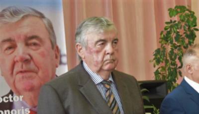 Mircea Snegur împlinește astăzi 80 de ani