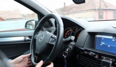 În atenţia persoanelor care solicită programarea la examenul de obţinere a permisului de conducere