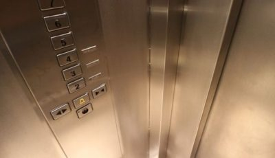 Patru membri ai unei familii au murit, după ce un lift s-a prăbușit în gol de la etajul 9
