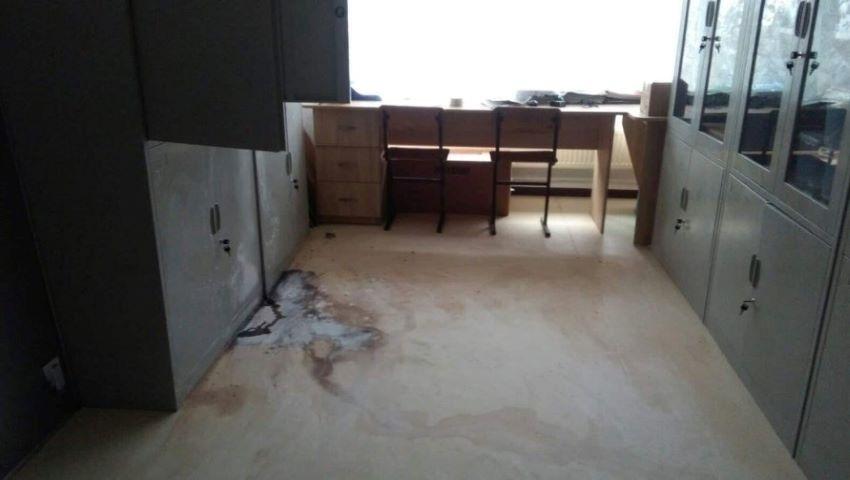 Foto: Intoxicație și arsuri cu substanțe chimice la un liceu din Căușeni. Câteva angajate au ajuns la spital