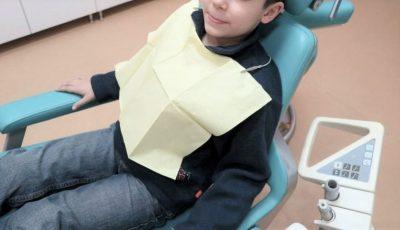 Un copil de 4 ani a intrat în comă pe scaun, în cabinetul de stomatologie