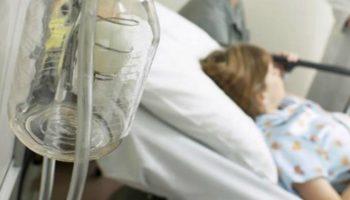 Copilul de 4 ani care a intrat în comă după ce a fost la stomatolog, în stare critică. S-a instalat insuficienţa multiplă de organe