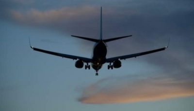 Furtuni puternice în Europa. Peste 300 de zboruri anulate
