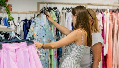 Surprinde femeile dragi din viața ta: idei de cadouri pe care să le achiți treptat
