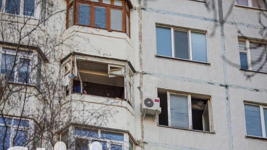 Foto: Explozie puternică într-un apartament de pe bulevardul Moscovei