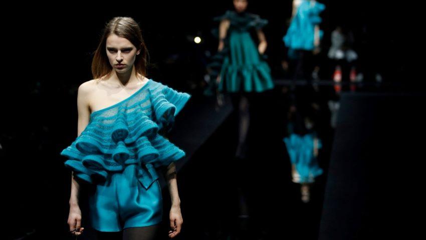 Săptămâna Modei de la Milano: modelele au prezentat noua colecţie într-o sală goală