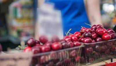 Într-un magazin din capitală, se vând cireșe în plină iarnă. Cât costă un kilogram?