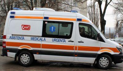 O femeie a decedat la spital, după ce a fost lovită de un automobil