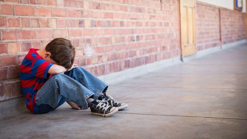 Foto: Un copil de 9 ani din Telenești a fost violat de mai multe ori de alți cinci minori din aceeași localitate