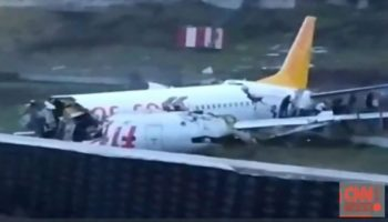Ultima oră! Un avion s-a prăbușit pe aeroportul din Istanbul