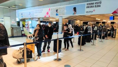 180 de moldoveni din Italia au fost aduși acasă cu o cursă charter